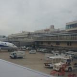 閉館前の福岡空港第1ビルとPeach MM526便 福岡→成田
