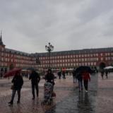 一般開放されている「マドリード王宮」とセントロの「マヨール広場」