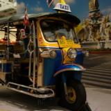 タイの「トゥクトゥク」が空港へ!タイ・マレーシアフェアへ行きました