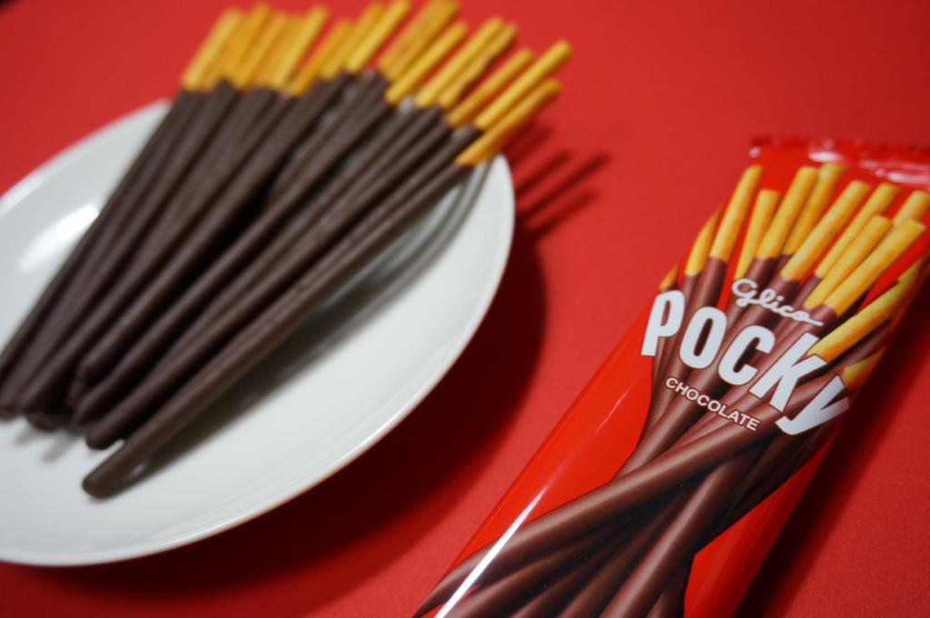 そうだ、ポッキーを食べようか!11月11日はポッキー&プリッツの日!!