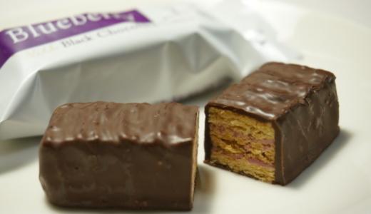 サクサク生地にチョコがけミルフィーユ!石屋製菓の「美冬」レビュー