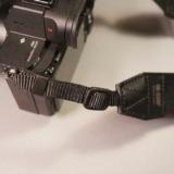 長さ調整が簡単な速写カメラストラップ!ARTISAN&ARTIST「ACAM-E38」レビュー