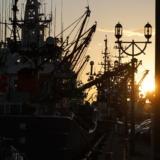 絶景の夕陽スポット!観光客向けの商業施設「釧路フィッシャーマンズワーフMOO」へ